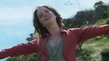 Elisabeta sonha em conhecer o mundo - Ofélia bate o sino e chama a filhas de volta para casa