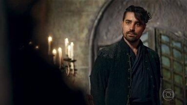 Virgílio pede que Rodolfo honre a dívida deixada pelo tio de Lucrécia - Rodolfo nega ajuda e o manda embora, mas Catarina intercede por ele