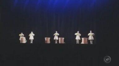 Festival 'Enredança' está com inscrições abertas em Jundiaí - A Unidade de Gestão de Cultura da Prefeitura de Jundiaí (SP) está com inscrições abertas para a 22ª edição do Festival 'Enredança'. A repórter Moniele Nogueira traz mais informações.