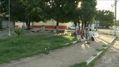 Moradores pedem a revitalização de praça em bairro de São Luís - No bairro da Madre Deus, região central de São Luís, os moradores pedem a revitalização de uma praça e também uma faixa de pedestres.