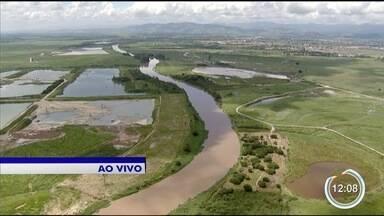 Vancop sobrevoa o Rio Paraíba em Pinda - Nesta quinta é celebrado o Dia da Água.