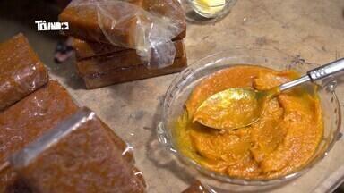 Reveja: Mário conhece a tradicional 'mangada' em Ubá - Mangada é um doce de 'manga ubá' feito apenas com a fruta em si, não vai açúcar. A polpa da fruta fica no tacho mais de quatro horas.