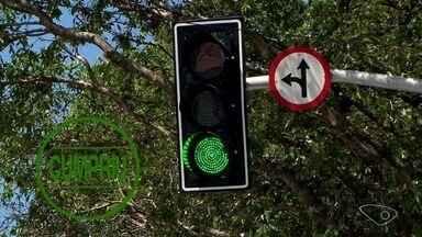 Cruzamento em Vila Velha recebe semáforo depois de registrar acidentes - Local chegou a ter 8 acidentes em três meses.