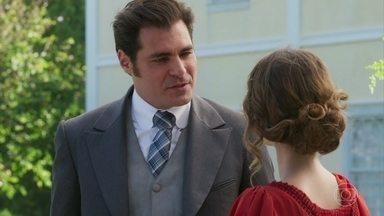 Darcy pede para conversar com Elisabeta a sós - Susana diz a Petúlia que vai dar a Camilo uma prova de que Jane é uma interesseira
