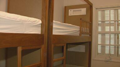 Hostels viram alternativa mais econômica de hospedagem em cidades turísticas da região - Em Brotas e Analândia eles estão sendo muito procurados.