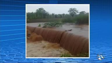 Jucazinho continua sem acumular água após chuvas - Vídeo foi espalhado com a informação de que o reservatório estaria enchendo.