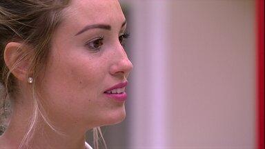 Jéssica se defende: 'Posso ser ingênua em muita coisa, mas não sou burra' - Brothers conversam no quarto