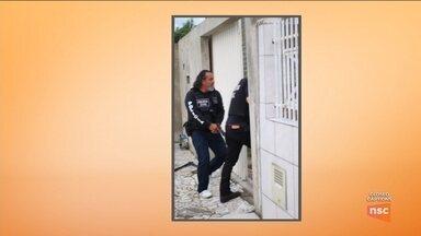 Operação prende suspeitos de atirar contra delegacia em Tijucas - Operação prende suspeitos de atirar contra delegacia em Tijucas