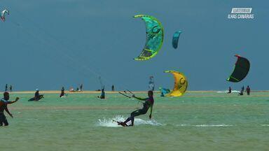 Kitesurfe Em Águas Cristalinas