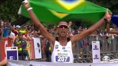 Solonei da Silva vence a Maratona de São Paulo com direito a dobradinha brasileira - A prova não tinha um vencedor brasileiro desde 2012 e Wellington Bezerra ficou também com o segundo lugar da corrida em São Paulo