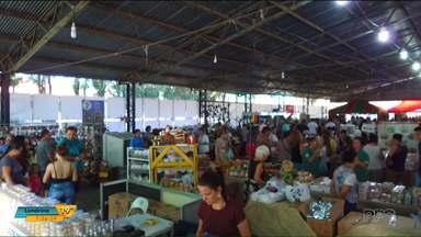 Feira de Sabores encanta visitantes da Exposição Agropecuária de Londrina - Veja também: venda de carros movimenta R$80 milhões na feira.