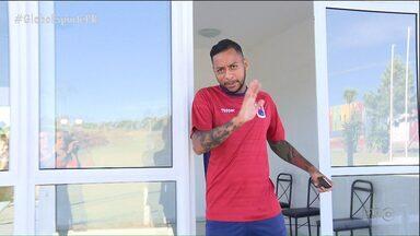 """Novidades do Paraná Clube """"se apresentam"""" - Tricolor contratou um pacotão de reforços para o Campeonato Brasileiro, e alguns dos jogadores, mesmo com aval de Rogério Micale, ainda buscam espaço e reconhecimento"""