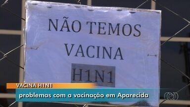 Moradoers enfrentam filas e problemas para se vacinar em Aparecida de Goiânia - Em uma das unidades, não tinha vacina porque geladeira queimou após chuva.