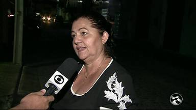 Falta de iluminação causa insegurança nas ruas em Caruaru - Moradores temem com essa situação.