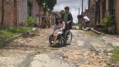 Fala Comunidade: Cadeirantes sofrem com a falta de infraestrutura em Manaus - Rua não tem rede de drenagem.