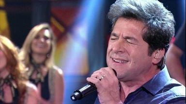 Daniel canta 'Como vai Você' - Cantor faz homenagem a Roberto Carlos