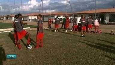 CRB apresenta novo técnico: Júnior Rocha trabalha com o grupo - Treinador estava no Santa Cruz.