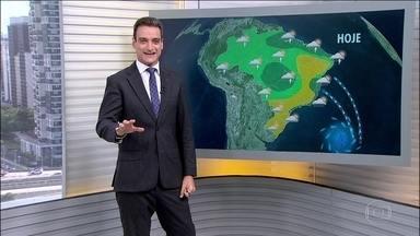 Veja a previsão do tempo para esta terça-feira (17) em todo o país - O outono é a estação mais chuvosa no Nordeste, incluindo o sertão. Mas em maio, a chuva deve diminuir por lá.