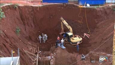 Polícia apresenta laudo do local onde três trabalhadores morreram soterrados em Cascavel - Obra foi liberada parcialmente