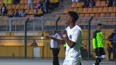 Rodrygo vive boa fase no Santos com 5 gols na temporada - Rodrygo vive boa fase no Santos com 5 gols na temporada