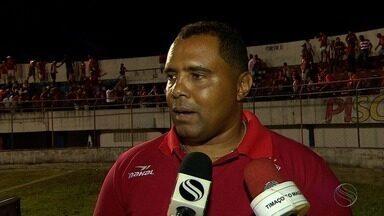 Edmilson Silva é efetivado como novo treinador do Sergipe - Ele substitui Elias Borges, que deixou o time após o título sergipano.