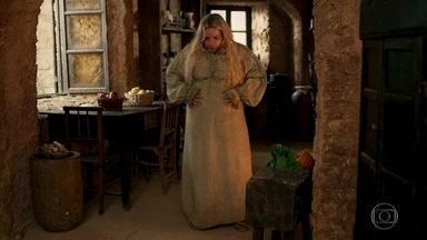 Glória mente para Osiel - A moça diz ao noivo que está doente e não poderá ir ao castelo, mas não conta que ganhou peso novamente
