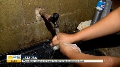 Após 6 anos, moradores de Jataúba voltam a ter água nas torneiras - Chuvas trouxeram alívio para a população após a seca prolongada