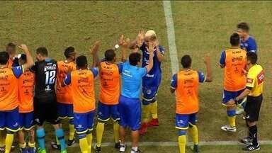 Confiança vence América na Arena das Dunas e está na Copa do Nordeste de 2019 - Léo Ceará e Frontini fizeram os gols do time sergipano, que venceu por 2 a 0.