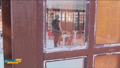 Escolas municipais de Curitiba são alvo de bandidos - Mais de 260 casos de furtos e roubos foram registrados em creches e escolas municipais em 2018.