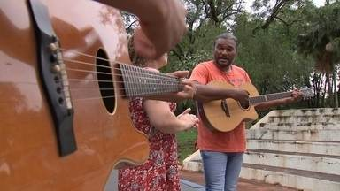 A Família Tigrão - Pai, mãe e filho mandam muito bem na música sertaneja.