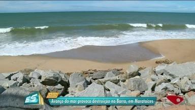 Avanço do mar provoca destruição na Barra, em Marataízes, ES - Local está sofrendo com a erosão.
