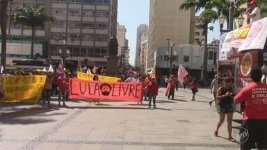 Centro de Campinas reúne manifestações do Dia do Trabalho - Centrais sindicais marcaram eventos na região central para marcar o dia.