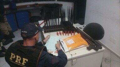 Dupla é presa após roubo de carga de notebooks avaliados em R$ 500 mil na Fernão Dias - Dupla é presa após roubo de carga de notebooks avaliados em R$ 500 mil na Fernão Dias, em MG