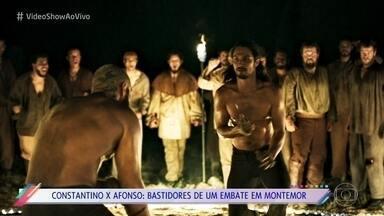 Constantino e Afonso se enfrentam em desafio da morte - Atores falam sobre a importância da coreografia para a gravação da cena de 'Deus Salve o Rei'