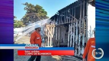 Rancho dos Pescadores em São Sebastião pega fogo - Incêndio destruiu a estrutura de madeira do Rancho de Pescadores em São Sebastião no bairro Porto Novo.