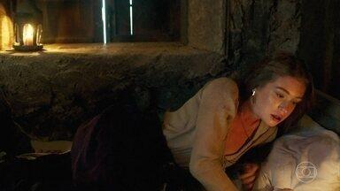 Amália tem pesadelo com Virgílio - Virgílio se desculpa com Amália por noite anterior. Amália afirma a Levi que eles precisam fugir