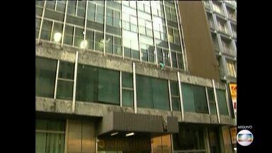 Prédio dos anos 1960 foi considerado um dos mais modernos de SP - Edifício Wilton Paes de Almeida, no centro antigo, era tombado pelo Patrimônio Histórico, mas há 15 anos estava abandonado.
