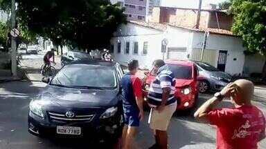 Cruzamento com diversos problemas anda gerando acidentes no Joaquim Távora - Saiba mais em g1.com.br/ce