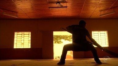Kung Fu na região de bauru - Marcela Palastri começou a praticar o esporte após entrar em depressão, e mesmo sem o problema, ainda está no esporte há 11 anos.