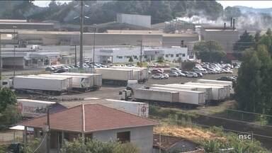 Férias coletivas em frigoríficos preocupam trabalhadores no Oeste de SC - Férias coletivas em frigoríficos preocupam trabalhadores no Oeste de SC