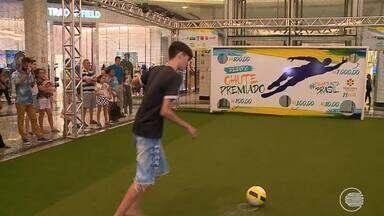Desafio premiado de futebol mostra quem tem habilidade em Teresina - Desafio premiado de futebol mostra quem tem habilidade em Teresina