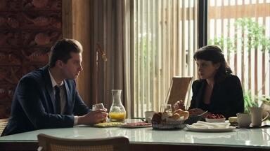 Patrick tranquiliza Clara sobre audiência de Tomaz - Gael afirma que a ex-mulher tem todo o seu apoio