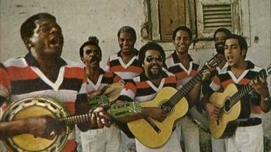 Músicos do Fundo de Quintal relembram primeira formação do grupo - Bira Presidente comenta que é o primeiro e único presidente do Grupo Carnavalesco Cacique de Ramos desde sua fundação em 1961