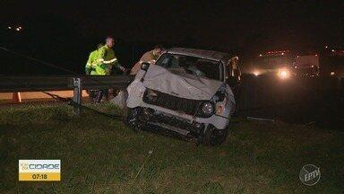 Motorista grava imagens de carro que despencou de viaduto, em Campinas - Antes do acidente, o motorista acidentado dirigiu em várias direções.