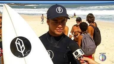 Mundial de Surf começa nesta sexta-feira em Saquarema, no RJ - Assista a seguir.