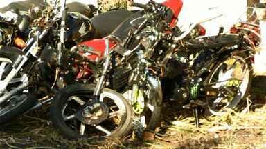 Uma das vítimas do acidente que deixou 6 mortos e 2 feridos deixa UTI - O acidente envolvendo um caminhão e um grupo de motociclistas foi na PR-082, em Lunardelli.