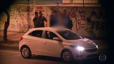 Reconstituição das mortes de Marielle e Anderson durou cinco horas - A reconstituição dos assassinatos da vereadora do Rio de Janeiro Marielle Franco e do motorista Anderson Gomes durou cinco horas. No domingo (13), o crime vai completar 60 dias.