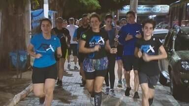 Papo 2 - Corrida: Ana Paula Torquetti encara um treino de corrida com Ruy Araújo - Assista o passo a passo.