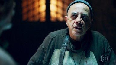 Lupércio descobre que Constantino foi envenenado - Olegário se surpreende com a notícia