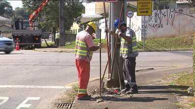 Começa a instalação do semáforo da rua Nilo Peçanha com a Orestes Beltrami - A implantação do semáforo veio depois de muitas reclamações.